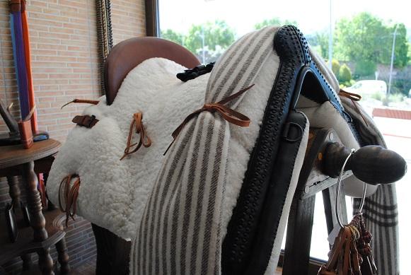 silla de montar de fibra